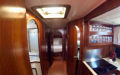 kitchen menorquin yacht by charterinad barcelone